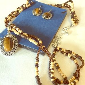 Avon Jewelry - Necklace & Earring set